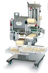 Машина для производства макарон и равиоли 70-80 кг/час